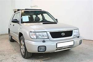 2000 Subaru Forester - Overview