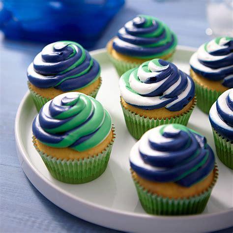 color swirl cupcakes wilton