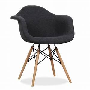 Stühle Im Eames Stil : avantgarde design stuhl enthaltene armlehnen holzbeingestell bezugsversion der stuhl wooden ~ Indierocktalk.com Haus und Dekorationen