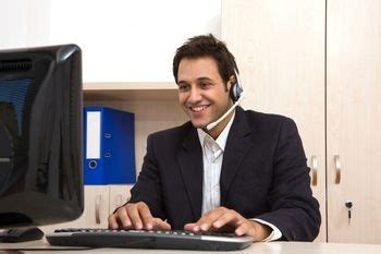computer help desk jobs help desk interview questions and answers interview penguin