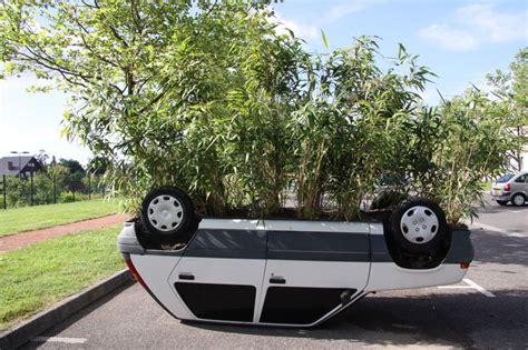 pot de moto sur voiture news automoto insolite d 233 couvrez la voiture pot de fleurs de riorges mytf1
