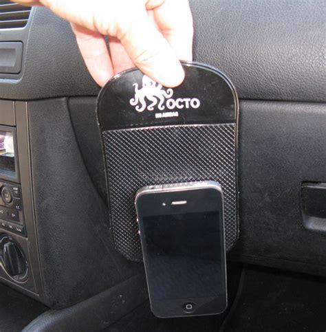 porta iphone per auto octo il tappettino antiscivolo porta oggetti per usare