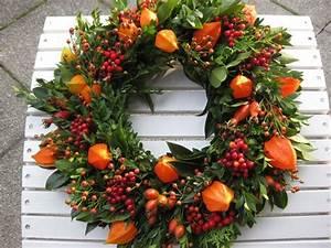 Deko Zweige Rote Beeren : die besten 25 rote beeren ideen auf pinterest weihnachtsblumen urlaub dekorieren und ~ Sanjose-hotels-ca.com Haus und Dekorationen
