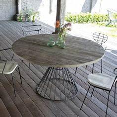 Table De Jardin Bois Et Metal : tables on pinterest ~ Teatrodelosmanantiales.com Idées de Décoration