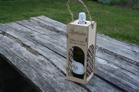 Produkts   Vīna kaste