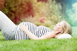 Zuschuss Mutterschaftsgeld Berechnen : mutterschaftsgeld beantragen berechnen so geht 39 s wann wer wie was ist muttergeld ~ Themetempest.com Abrechnung