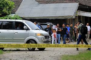 ISIS suicide bomber stabs Indonesian priest before ...