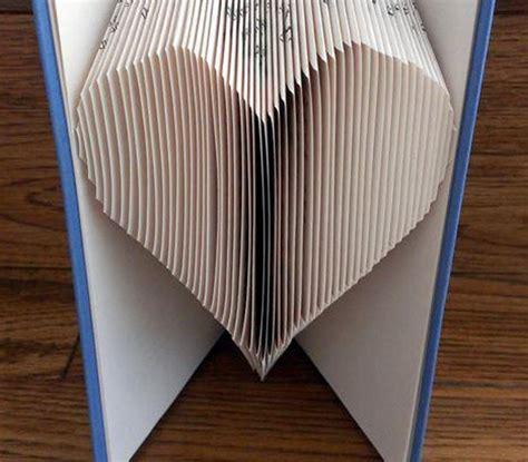 book folding pattern heart bluprint