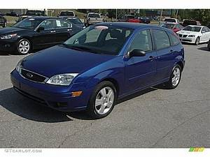 Ford Focus 2006 : 2006 sonic blue metallic ford focus zx5 ses hatchback ~ Melissatoandfro.com Idées de Décoration