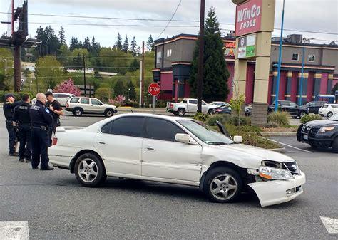 everett police chase  yakima murder suspect leads