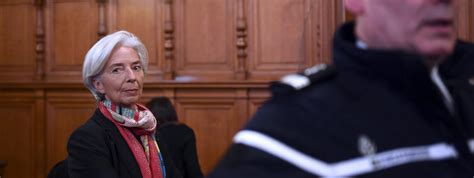 le bureau la garde près de 200 000 internautes demandent un nouveau procès