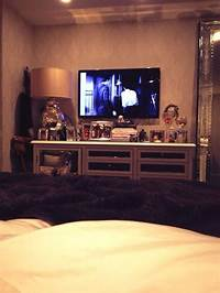 kendall jenner room Kendall jenner, Bedrooms and TVs on Pinterest