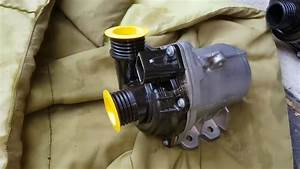 Service Manual  2010 Bmw 1 Series Thermostat Replacement