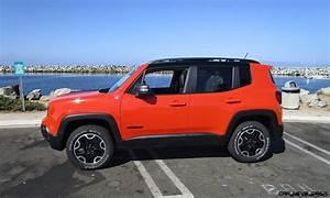 Jeep Renegade Trailhawk : 2016 jeep renegade trailhawk 4x4 road test review by ben lewis car shopping ~ Medecine-chirurgie-esthetiques.com Avis de Voitures