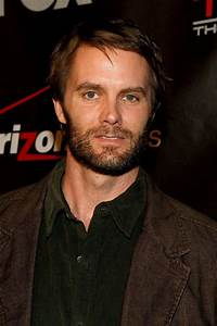 Garret Dillahunt Pictures and Photos | Fandango