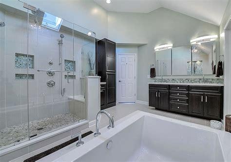 Custom Bathroom Designs by 33 Custom Bathrooms To Inspire Your Own Bath Remodel