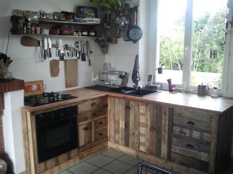 fabriquer sa cuisine en bois maison a fabriquer fabriquer ses meubles de cuisine en