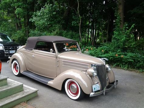 1936 Ford Deluxe Club Convertible