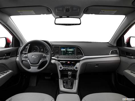 Last year's full redesign gave the hyundai elantra a new look, a more refined interior and an improved ride quality. 2018 Hyundai Elantra Value Edition 4dr Sedan PZEV ...
