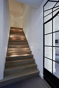 escalier interieur quelques idees d39eclairage moderne With photo d escalier d interieur