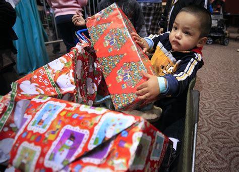needy san diegans receive christmas presents food the