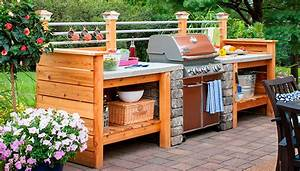 10 outdoor kitchen plans turn your backyard into for Diy outdoor kitchen ideas