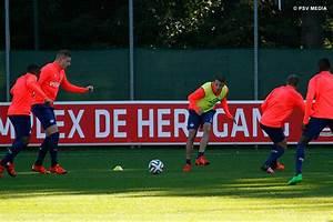 PSV.nl - Friday morning training session