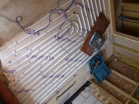 Installing Underfloor Heating with Solid Floors   TheGreenAge