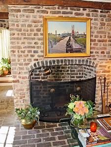 Rooms With Antique Brick Walls Modern Diy Art Designs