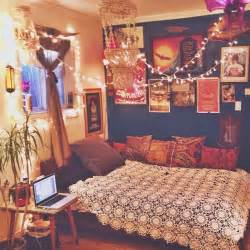 bohemian bedroom ideas how to turn your room into a vintage rustic bohemian the daily