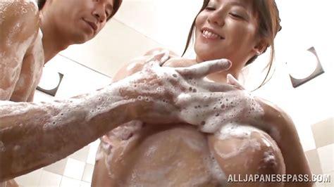 Mizuki Ann In Having Fun During Shower Time For An Asian