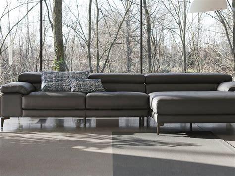 doimo divani in pelle divano con penisola in pelle doimo salotti a prezzo ribassato