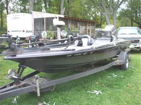 Viper Cobra Bass Boat Seats by Pin By Charles E White On Bass Fishing Ohio