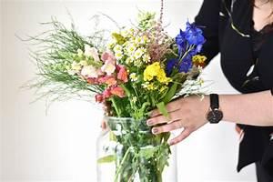Schnittblumen Länger Frisch : tipps um schnittblumen l nger frisch und haltbar zu halten ~ Watch28wear.com Haus und Dekorationen