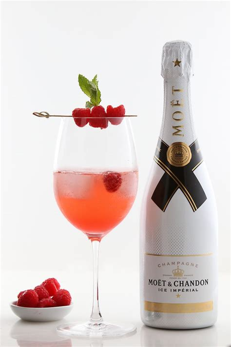 champagne cocktail cool downs  summer  moet