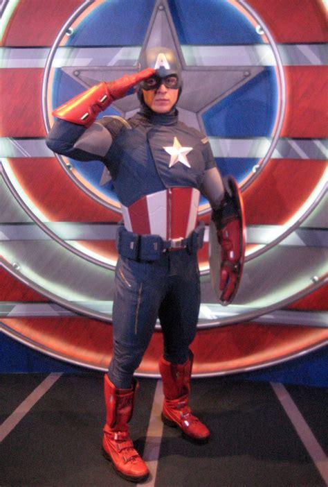captain america  living legend  symbol  courage