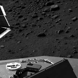 Phoenix Mars Lander Images