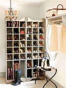 Rangement à Chaussures : rangement chaussures original en 33 id es super cr atives ~ Teatrodelosmanantiales.com Idées de Décoration