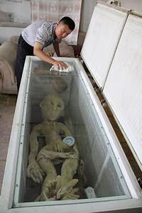 Alien Killed And Captured Then Covered Up By Chinese Govt