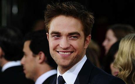 Robert Pattinson is highest earning British star of 2010