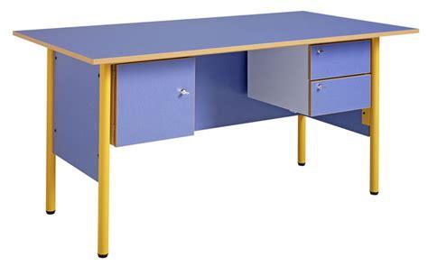 bureau de maitre dpc scolaire salle de cours bureau de maître 1600 x
