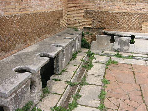les toilettes publics d 233 but de l histoire des toilettes