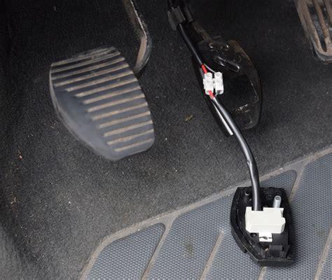 plaque electrique 4 feux 6 contacteur feux stop 18