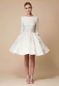 Günstige Kleider Für Junge Leute : die besten 25 kurze hochzeitskleider ideen auf pinterest kurzes brautkleid spitze kleider ~ Markanthonyermac.com Haus und Dekorationen