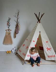 Fabriquer Tipi Enfant : le tipi enfant 45 r alisations de vos r ves ~ Voncanada.com Idées de Décoration