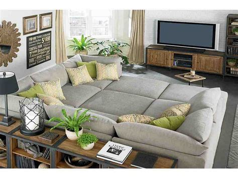 decorate  small living room   budget decor