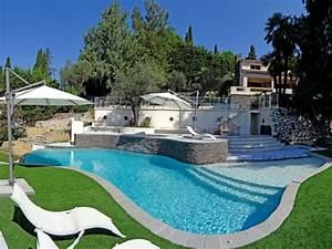 piscines formes libres diffazur piscine creusee With forme de piscine creusee