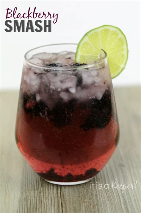 simple refreshing cocktails simple cocktail recipes blackberry smash it is a keeper