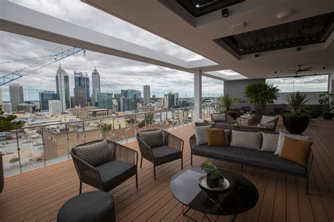 Big Apartments : High-end, Big Apartments Selling