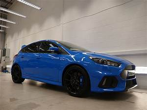 Ford Focus Rs Bleu : blue ford focus rs topaz detailing london ~ Medecine-chirurgie-esthetiques.com Avis de Voitures